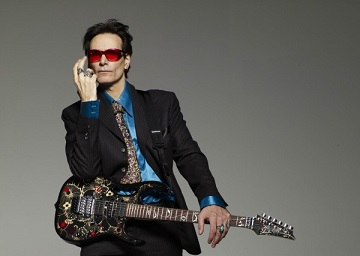 Steve-Vai-Net-Worth-600x427-tb
