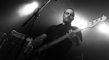 cave-in-old-man-gloom-caleb-scofield-tb